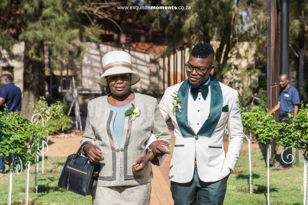 Zambesi Lodge Wedding Photography 17
