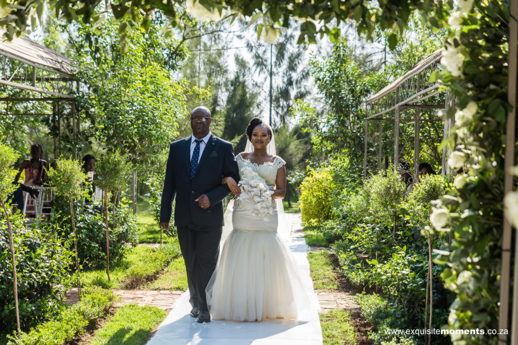 Zambesi Lodge Wedding Photography 20